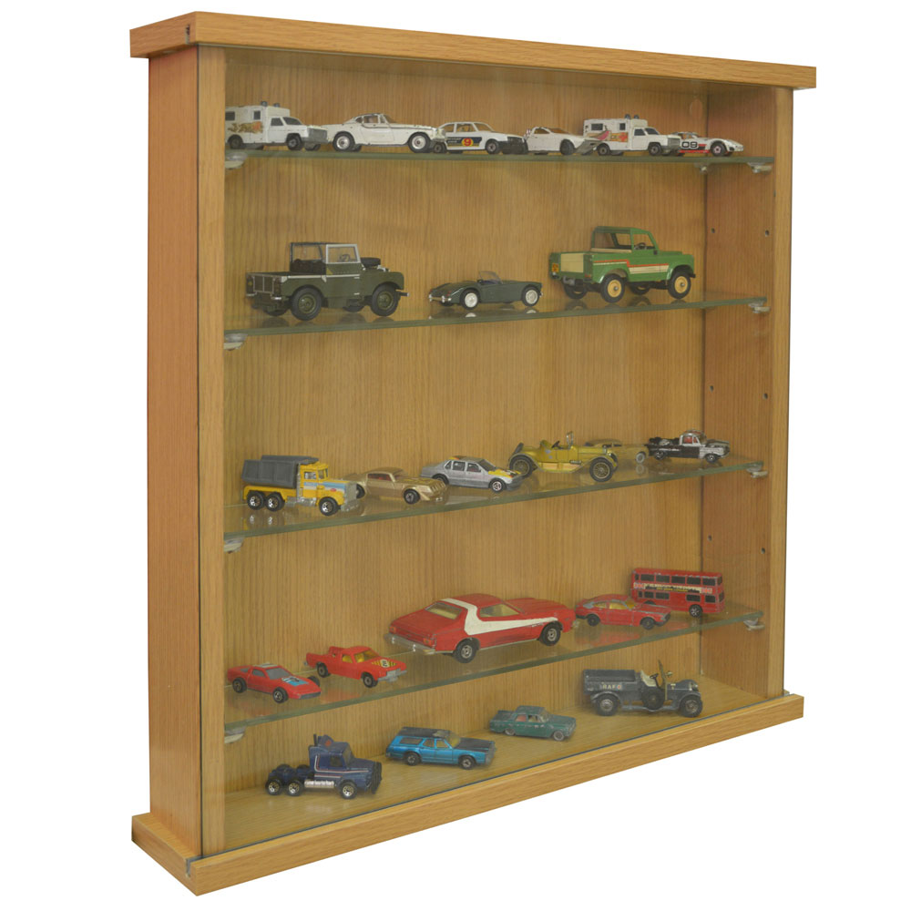 Glass Shelves Kitchen Cabinets: Wall Display Cabinet With Four Glass Shelves